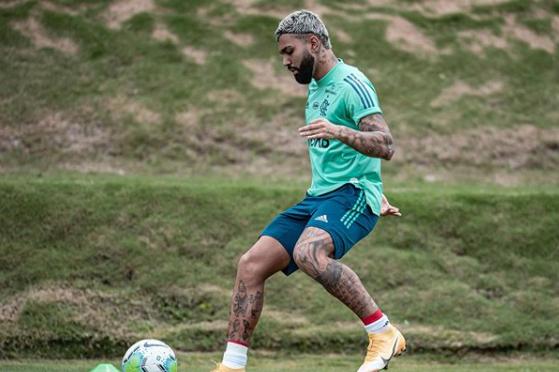 Flamengo inicia semana de olho em Bruno Henrique e Pedro