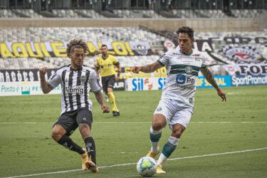 Com 93% de risco de rebaixamento, Coritiba terá sequência decisiva no Brasileirão