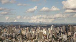 Fim de semana com temperaturas amenas e segunda-feira (13) quente em Curitiba: confira previsão