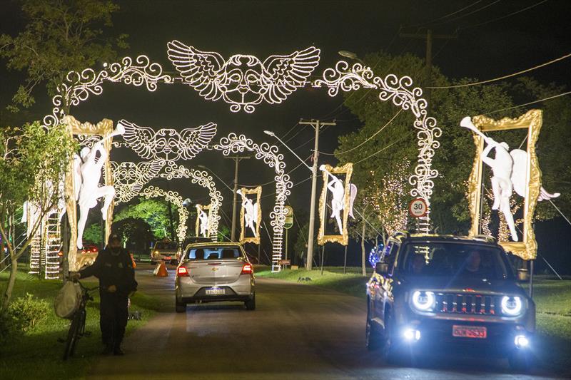 Passeio Público e Parque Náutico ainda têm vagas para o drive-thru natalino