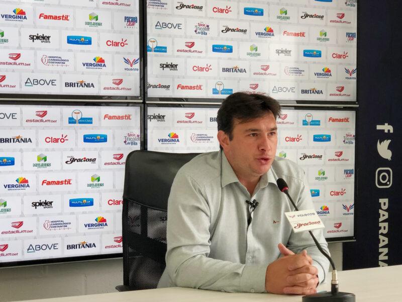 """Felipe Gil sobre o Paraná: """"Foi uma convocação, não um convite"""""""