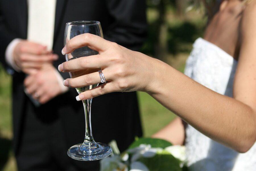 Após cancelar casamento, homem deve  ressarcir ex-noiva em mais de trinta mil