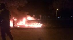 Noite de terror no litoral do Paraná deixa um homem morto e mullher e criança baleadas