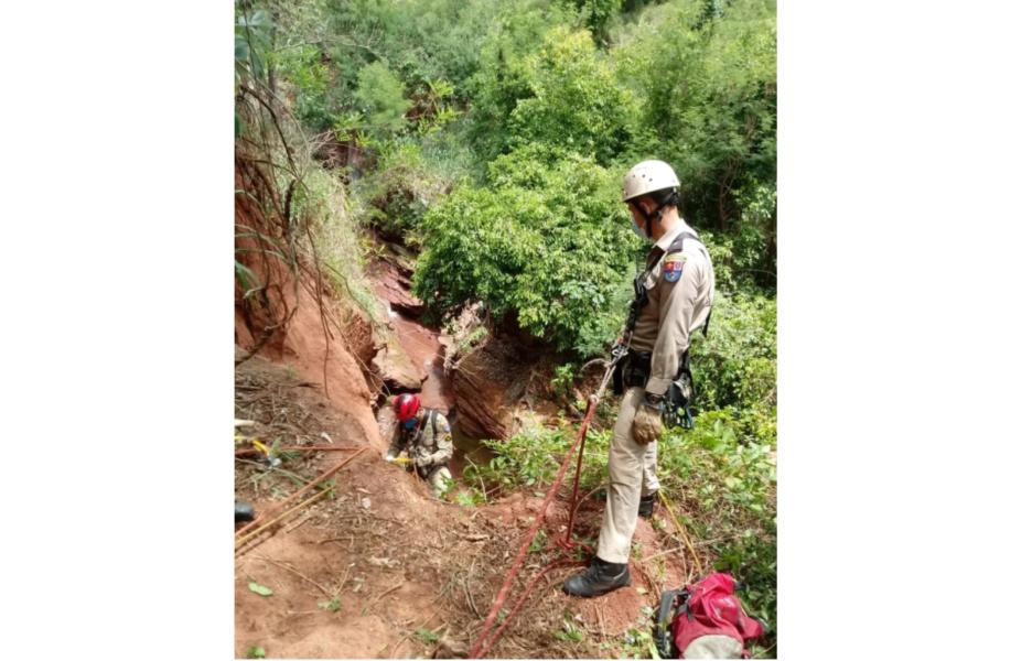 Idoso morre após cair de ribanceira no interior do Paraná