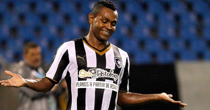 Jobson pede por nova oportunidade no Botafogo e diz que treinaria de graça