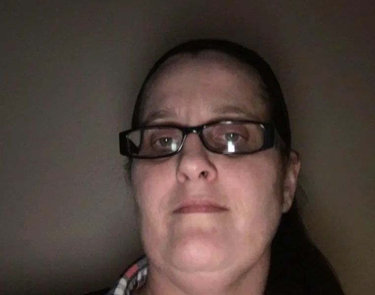 Mãe que abusou sexualmente da filha é condenada a 175 anos de prisão