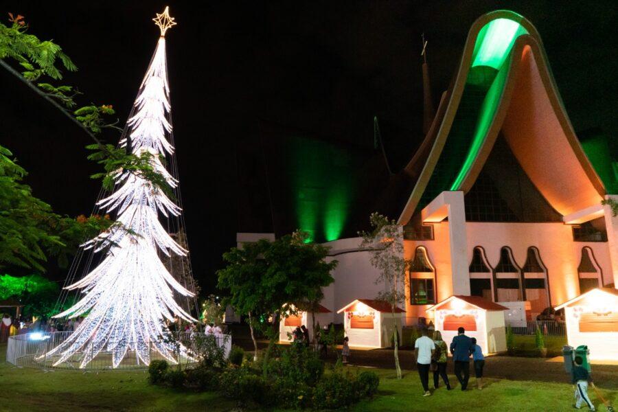 Natal de Luzes é um sucesso, mas população deve colaborar para que o espetáculo possa continuar
