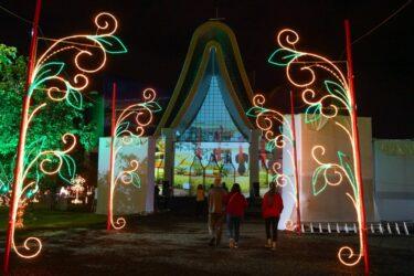 Natal de Luzes da Itaipu é inaugurado em Foz do Iguaçu
