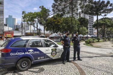 Operação Natal em Curitiba mobiliza guardas municipais até janeiro