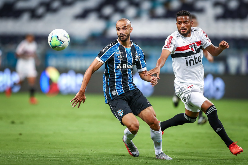 Casares elogia atuação do São Paulo contra o Grêmio e vira a chave para o Brasileiro
