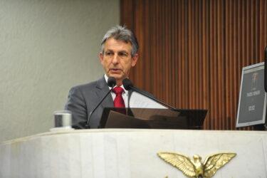 Depois de repercussão, PT decide apresentar proposta de taxa do Detran menor