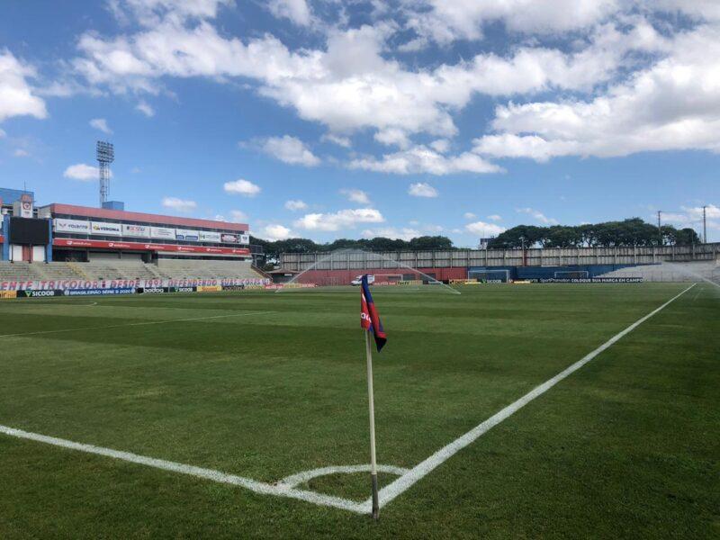 Paraná x Cruzeiro: onde assistir, desfalques, escalações e arbitragem