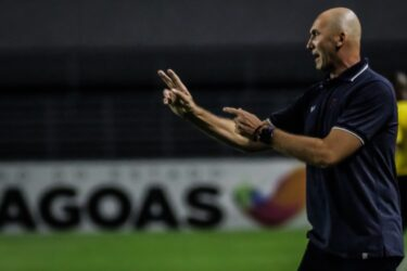 Gilmar Dal Pozzo diz que o Paraná fez por merecer a vitória
