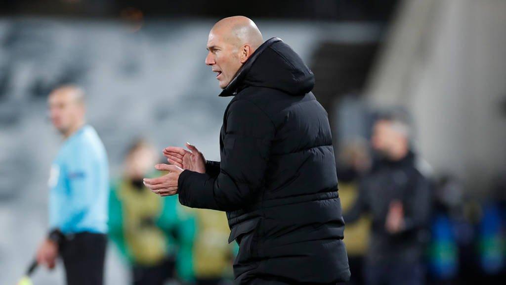 Zidane testa positivo para covid-19 e desfalca Real Madrid nos próximos jogos