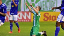 Cruzeiro perde para o Juventude e não tem mais chances de subir à Série A do Brasileirão