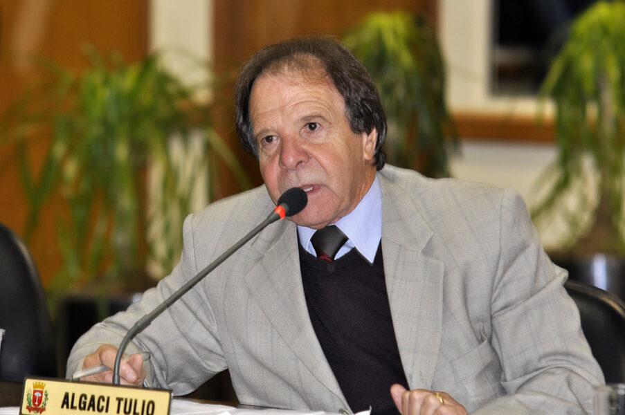 Ex-vice-prefeito de Curitiba Algaci Tulio morre de covid-19