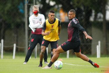 Athletico faz penúltimo treino antes de encarar o Flamengo