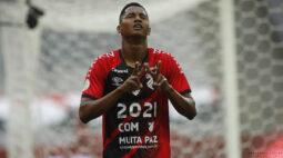 Após a vitória sobre o Flamengo, Athletico ainda sonha com vaga para a Libertadores