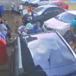 Vídeo mostra atropelamento em frente a supermercado no Paraná