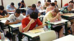 Em meio à pandemia, Enem será aplicado para milhões de estudantes neste domingo (17)