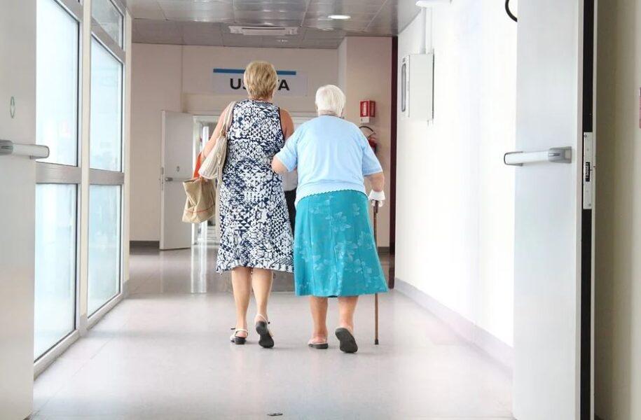Carteira do idoso tem validade prorrogada até julho de 2021