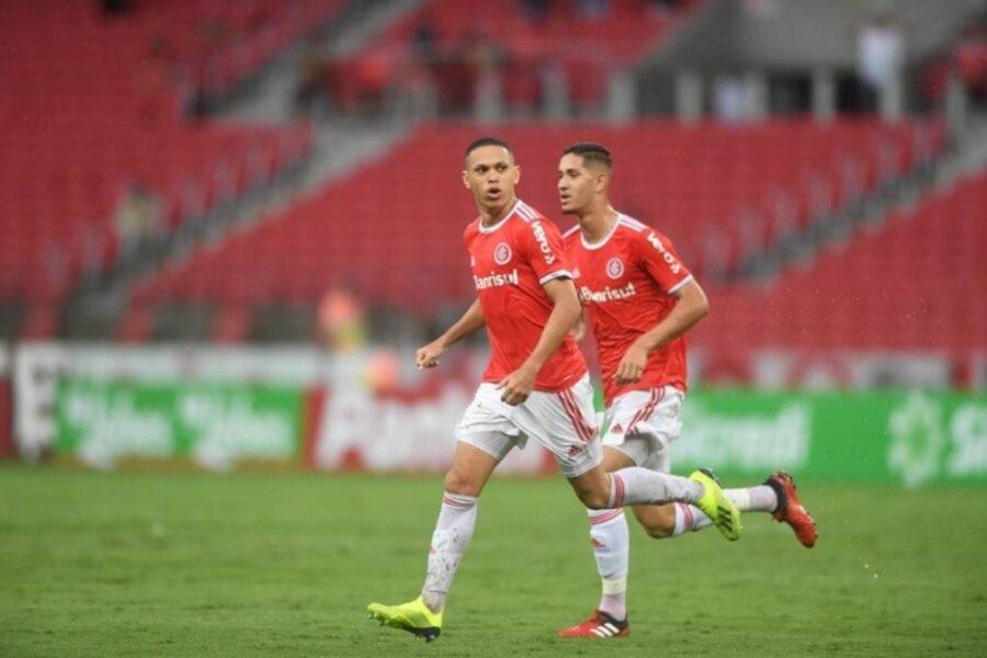 Marcos Guilherme pode completar 50 jogos pelo Internacional contra o Bragantino