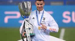 Cristiano Ronaldo celebra título da Supercopa da Itália