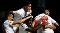 Claudinho celebra bom momento do Bragantino e fala em pensar alto no Brasileiro