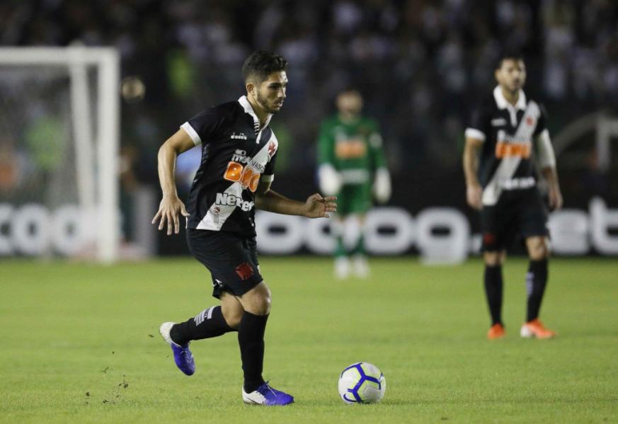 Andrey destaca a importância de uma vitória do Vasco contra Bahia