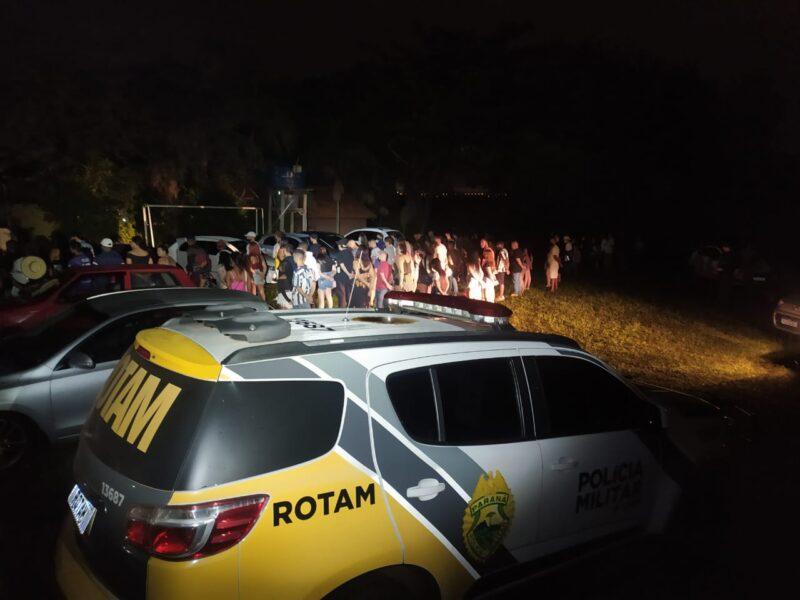 Polícia encerra festa clandestina com mais de 200 pessoas no norte do Paraná