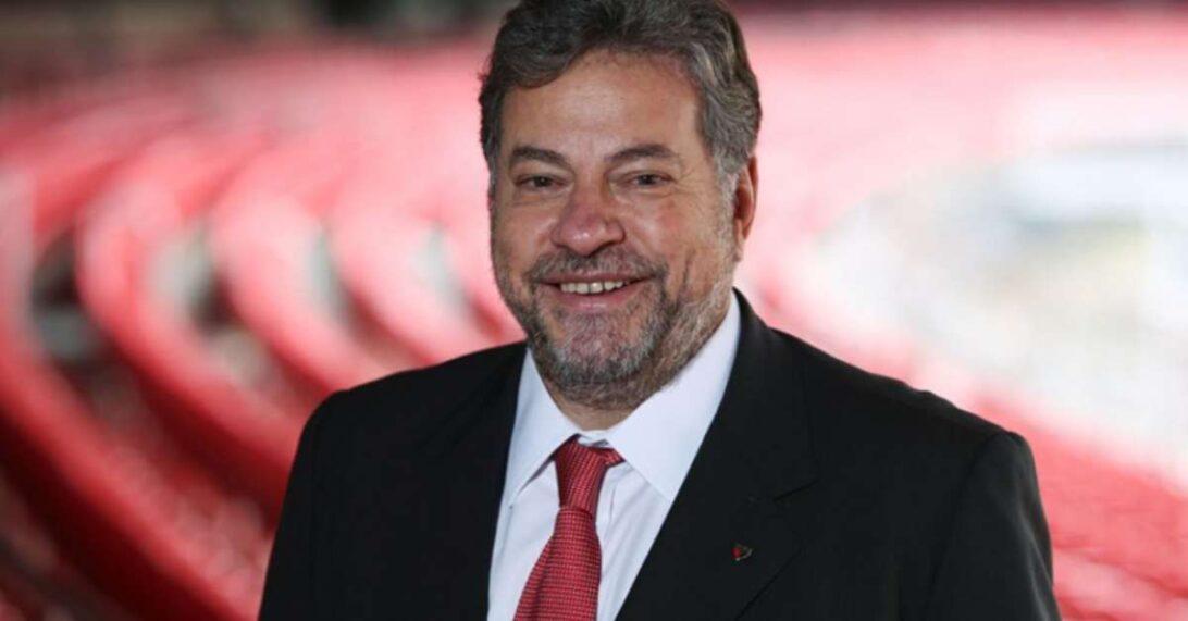 Casares fala sobre as dívidas do São Paulo e revela que Richarlyson entrará para a calçada da fama