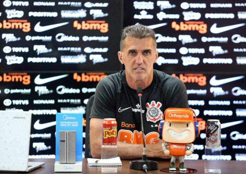 """Mancini avisa que Corinthians vai contratar """"reforços pontuais"""""""