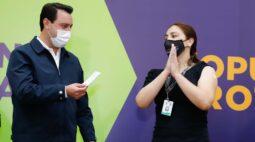 """""""Levará alguns meses para que toda a população seja imunizada"""", diz Ratinho Junior"""