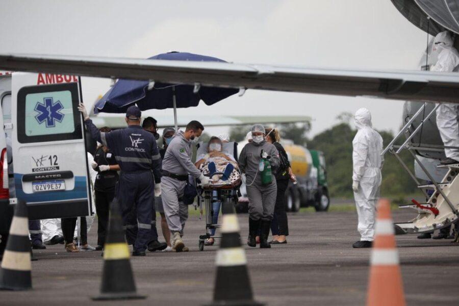 Amazonas transferiu 360 pacientes com Covid-19 para 15 estados; Paraná recebeu 17 infectados