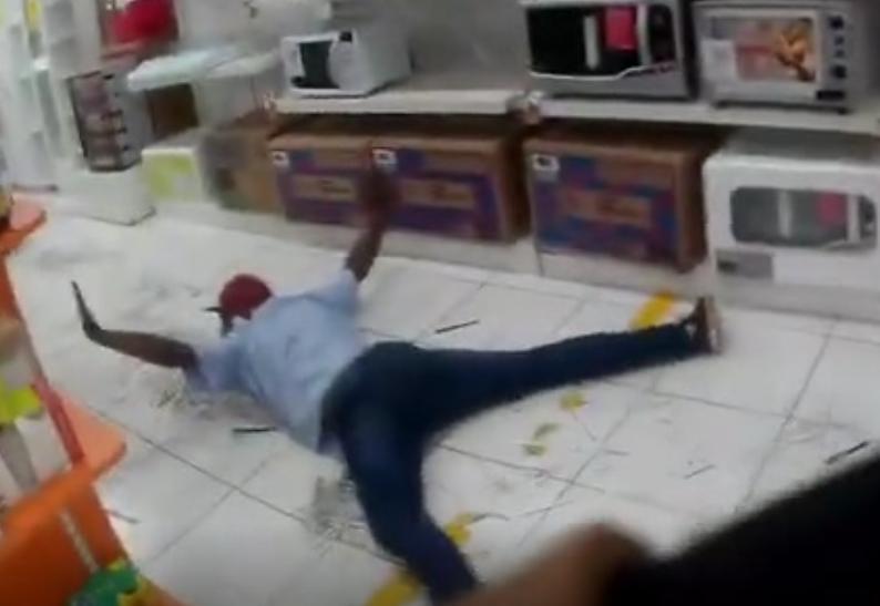 Vídeo mostra prisão dos assaltantes em loja de departamentos em Campo Mourão