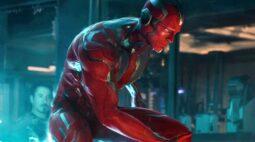 Diretor queria que Visão tivesse um pênis em Vingadores: Era de Ultron