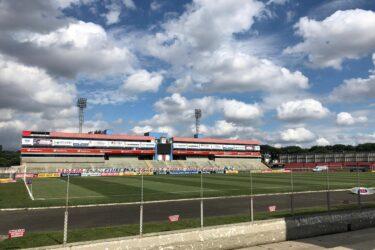 Paraná x Botafogo-SP: onde assistir, desfalques, escalações e arbitragem