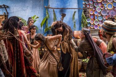 No capítulo de hoje (11) de Gênesis, Amat será atacada pelas mulheres do acampamento