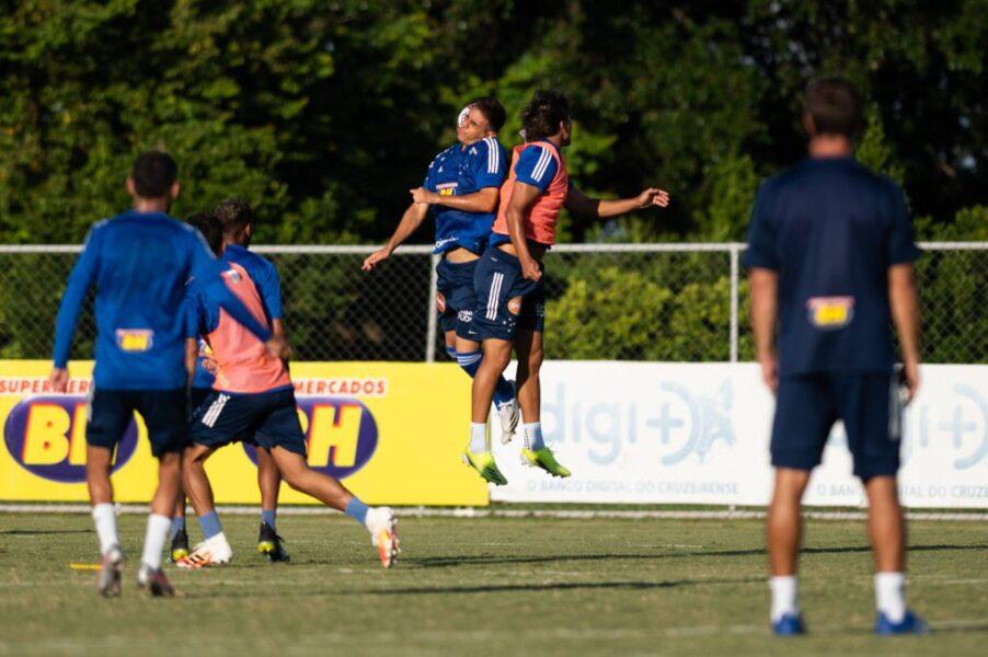 Com novo técnico, Cruzeiro visita Uberlândia na estreia do Mineiro