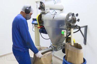 Pato Bragado tem indústria de produção de fitoterápicos