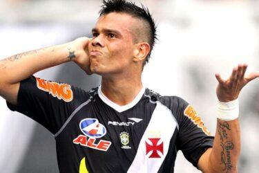 Rio Branco anuncia a contratação do experiente meia Bernardo