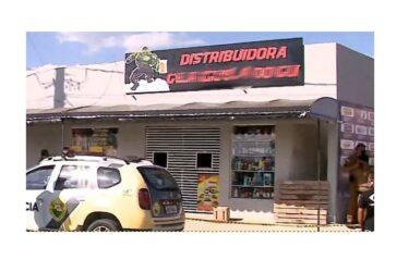 Comerciante é assassinado por criminosos disfarçados de clientes na Grande Curitiba