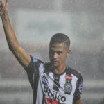 Ricardo Bueno, o melhor 'nove' desde Douglas?!