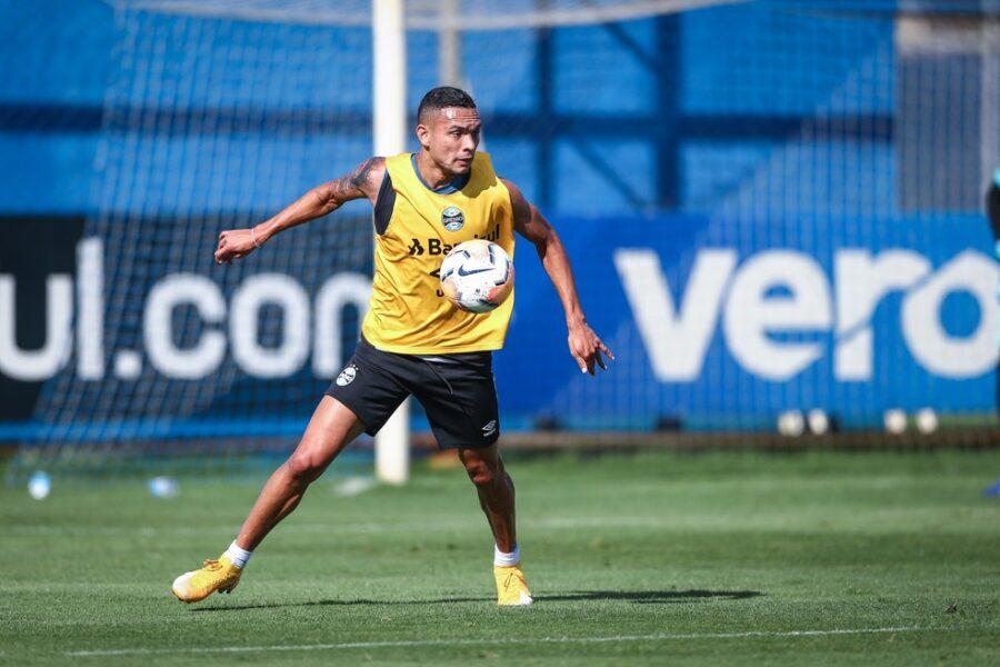 Empréstimo de Luiz Fernando ao Grêmio deve ser prorrogado