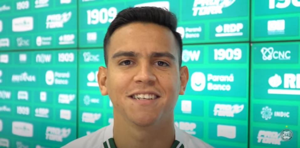Coritiba apresenta o meia Valdeci, quinto reforço para a temporada 2021