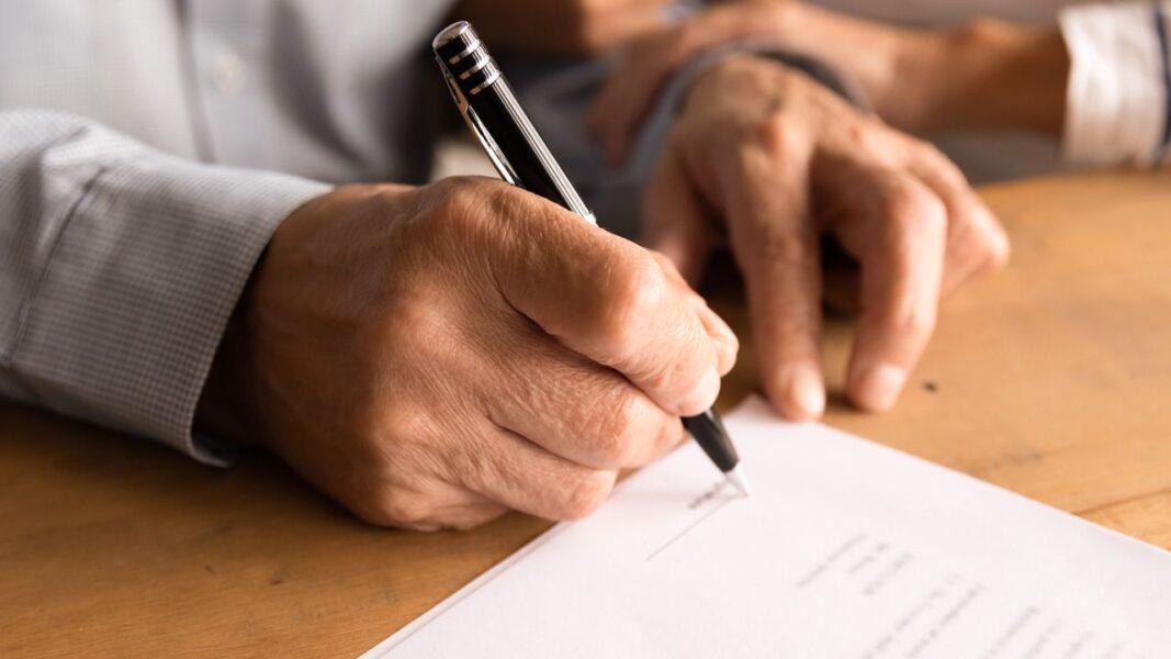 Cartórios batem recorde de testamentos em 2020; PR é o quarto estado com mais atos