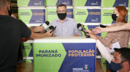 Paraná recebe 102.500 doses da vacina AstraZeneca e inicia distribuição