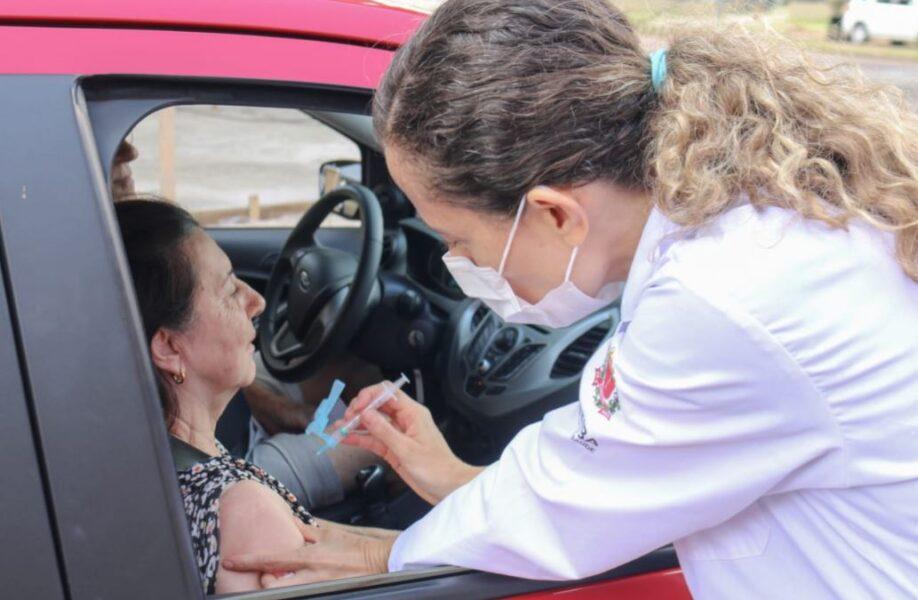 15.746 pessoas receberam a segunda dose da vacina em Curitiba