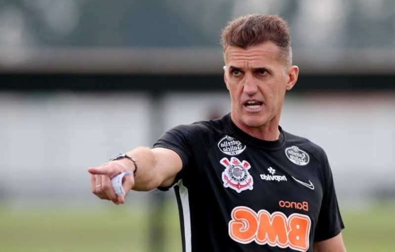 Mancini afirma que usará a base do Corinthians na próxima temporada