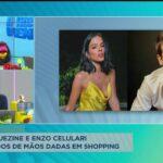 Bruna Marquezine e Enzo Celulari são flagrados de mãos dadas em shopping